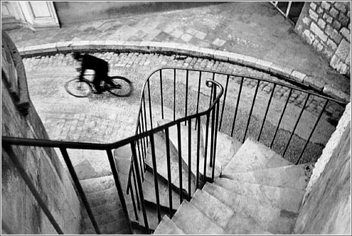 henry-cartier-bresson street photo