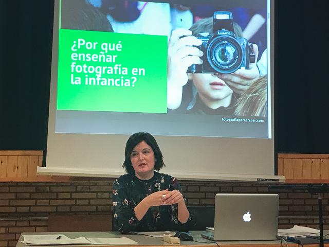 Amparo Muñoz Morella en la Asociación nacional para la enseñanza de la fotografía