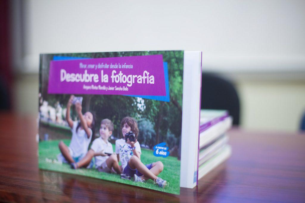 Libro descubre la fotografía